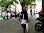 Amatrice francaise film�e pour son premier gangbang