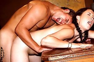 Un cul de vierge sodomis�
