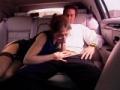 Baise dans la voiture avec chauffeur