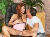 Bonne baise d'une stagiaire en chaleur