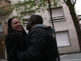 Elle trompe son mari avec un black