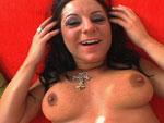 Maman se fait ejac dans la guele