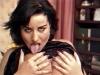 Masturbation de folie pour une brune a gros seins